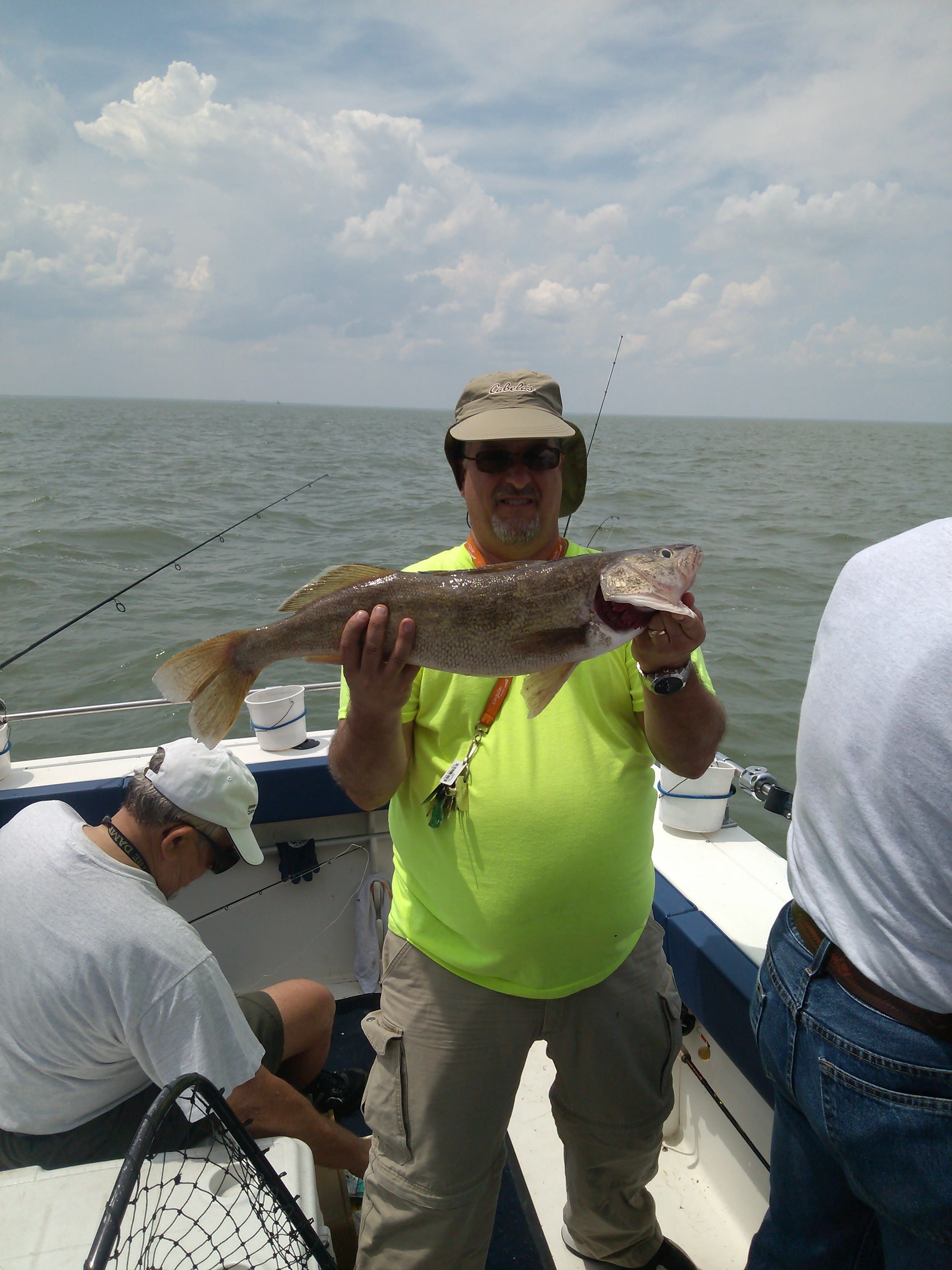 Lodging fishing pkgs shamrock fishing charters for Lake erie fishing charters